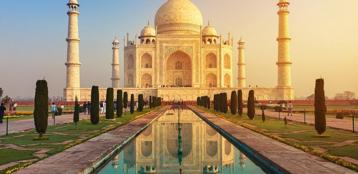 Our Travel Diaries: Taj Mahal India